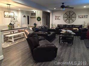 7500 Old Plank Road, Charlotte, NC 28216 (#3529649) :: Chantel Ray Real Estate