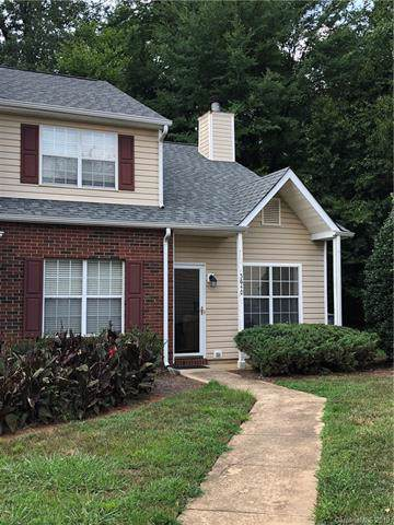 5640 Prescott Court, Charlotte, NC 28269 (#3529763) :: Rowena Patton's All-Star Powerhouse