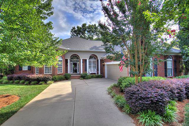 719 Corinthian Place, Charlotte, NC 28211 (#3529776) :: The Andy Bovender Team