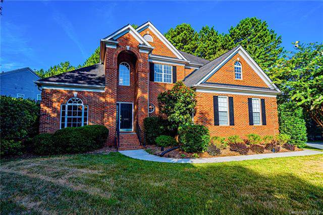 400 Stonewater Bay Lane, Mount Holly, NC 28120 (#3529887) :: Chantel Ray Real Estate