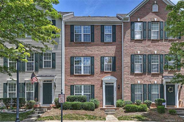 15707 King Louis Court, Charlotte, NC 28277 (#3529973) :: Miller Realty Group