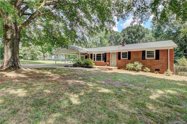 1013 W Carroll Street, Cherryville, NC 28021 (#3530100) :: Carlyle Properties