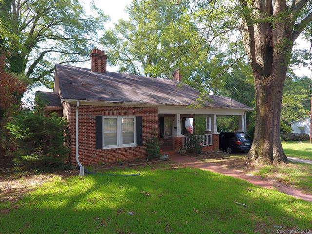 601 Lee Avenue, Wadesboro, NC 28170 (#3530441) :: Carlyle Properties