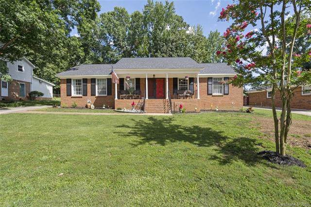 6619 Old Post Road, Charlotte, NC 28212 (#3530544) :: Francis Real Estate