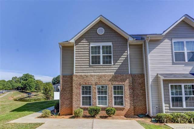 835 Plaza Walk Drive, Charlotte, NC 28215 (#3530609) :: Exit Realty Vistas