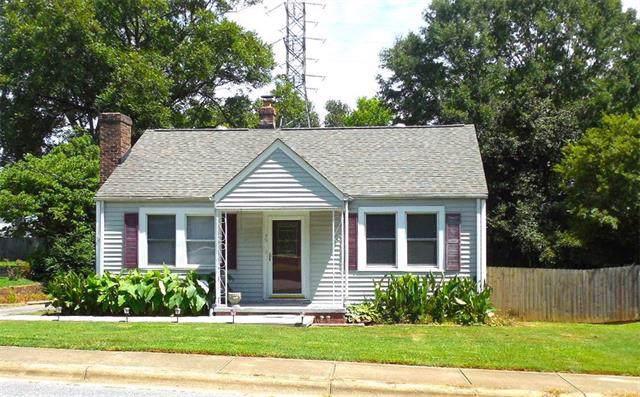 45 26th Avenue NE, Hickory, NC 28601 (#3530628) :: Besecker Homes Team
