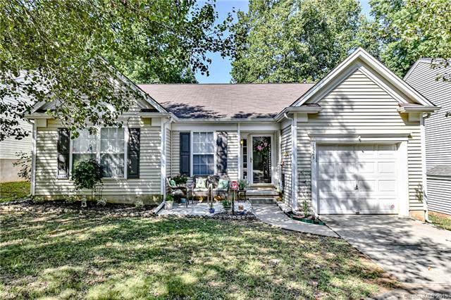 1523 Rumstone Lane, Charlotte, NC 28262 (#3530647) :: Francis Real Estate