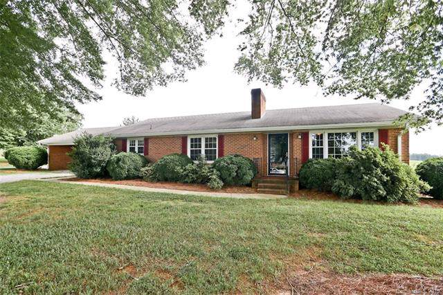 2482 Brown Mountain Road, Pilot Mountain, NC 27041 (#3530748) :: Charlotte Home Experts