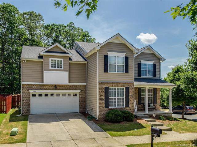 13502 Delstone Drive, Huntersville, NC 28078 (#3530953) :: Miller Realty Group
