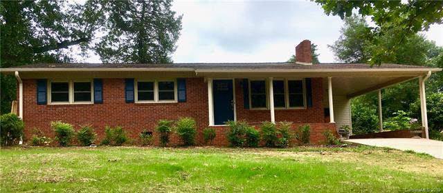 825 Kentwood Drive, Statesville, NC 28677 (#3530970) :: Homes Charlotte