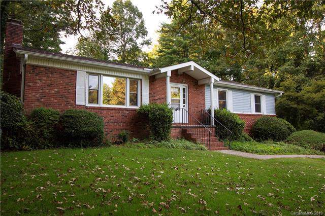 99 Kent Lane English Hills L, Hendersonville, NC 28739 (#3530975) :: DK Professionals Realty Lake Lure Inc.