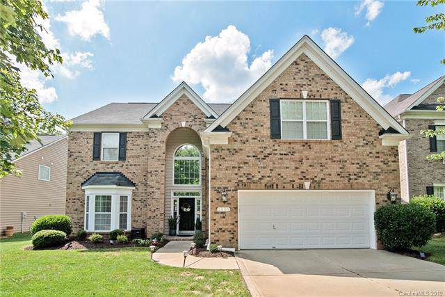 9805 Back Acre Drive, Charlotte, NC 28213 (#3531058) :: LePage Johnson Realty Group, LLC