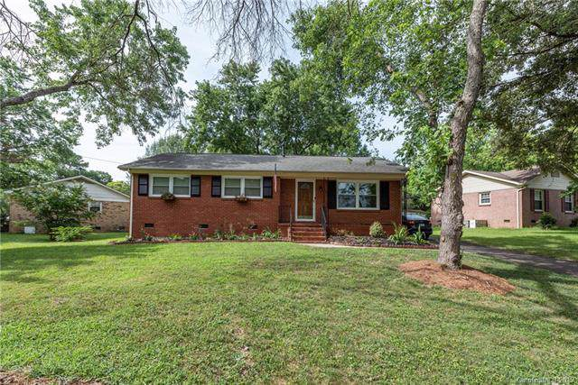 7140 Starvalley Drive, Charlotte, NC 28210 (#3531110) :: Stephen Cooley Real Estate Group