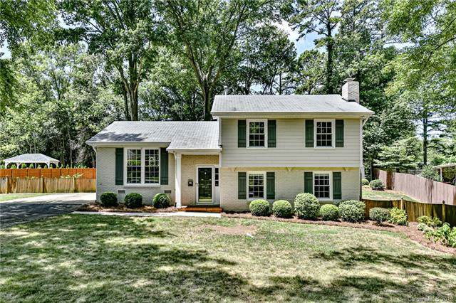 3920 Pemberton Drive, Charlotte, NC 28210 (#3531305) :: Miller Realty Group