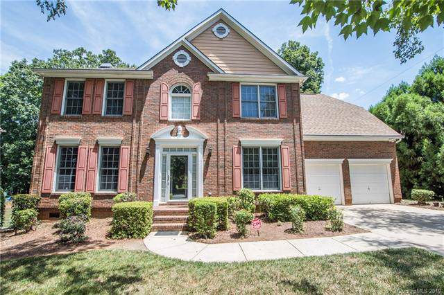6627 Wickville Drive, Charlotte, NC 28215 (#3531412) :: Keller Williams South Park