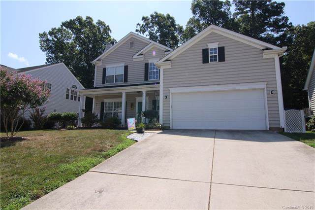 8232 Chatham Oaks Drive, Concord, NC 28027 (#3531591) :: Keller Williams South Park