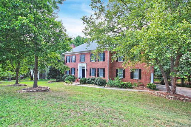 400 Cannings Lane, Charlotte, NC 28262 (#3531657) :: SearchCharlotte.com
