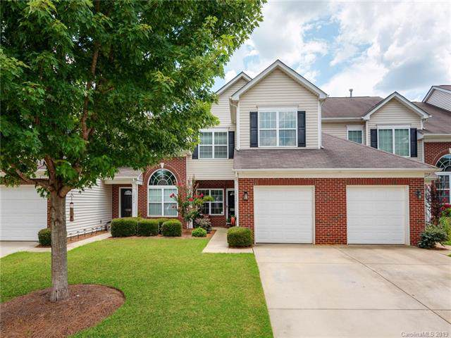 12062 Stratfield Place Circle, Pineville, NC 28134 (#3531686) :: The Andy Bovender Team