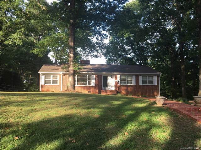 205 Oak Drive, Cramerton, NC 28012 (#3531801) :: Rinehart Realty