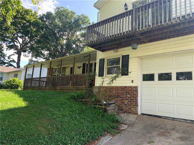 145 Bear Wallow Road, Burnsville, NC 28714 (#3531811) :: The Andy Bovender Team