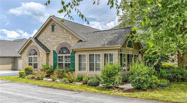 125 Outlook Circle, Swannanoa, NC 28778 (#3531991) :: Roby Realty