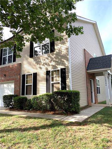 16906 Commons Creek Drive, Charlotte, NC 28277 (#3531993) :: The Andy Bovender Team