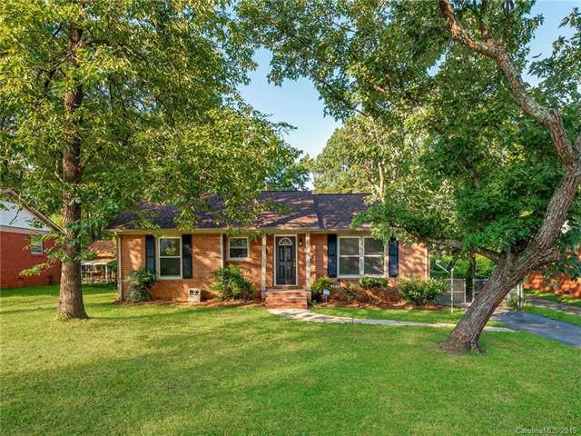 4129 Westcliff Drive, Charlotte, NC 28208 (#3532012) :: Carolina Real Estate Experts