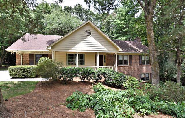 2630 Fernbank Drive, Charlotte, NC 28226 (#3532043) :: High Performance Real Estate Advisors