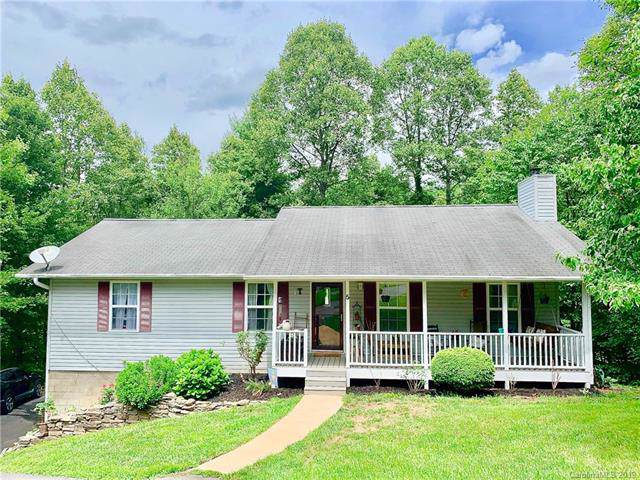 5 Leisure Court, Weaverville, NC 28787 (#3532051) :: The Andy Bovender Team