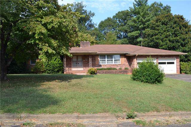 203 Woodlawn Drive, Morganton, NC 28655 (#3532159) :: Roby Realty