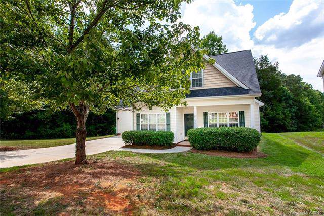 5735 Timbertop Lane, Charlotte, NC 28215 (#3532177) :: The Andy Bovender Team