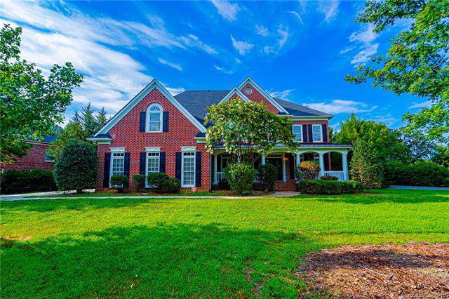 8323 Woodmont Drive, Marvin, NC 28173 (#3532217) :: Rinehart Realty