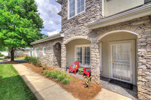 3442 Royal Crest Drive, Charlotte, NC 28210 (#3532353) :: High Performance Real Estate Advisors