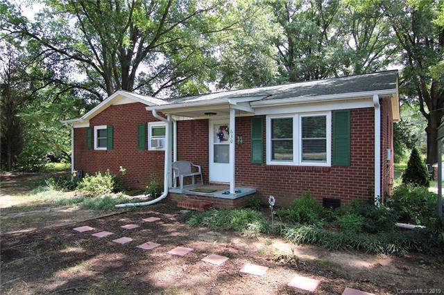 630 Old Stubbs Road, Cherryville, NC 28021 (#3532622) :: The Andy Bovender Team