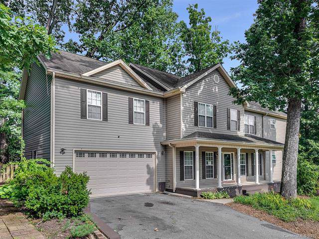 202 Colonel Holcombe Place, Candler, NC 28715 (#3532633) :: Roby Realty