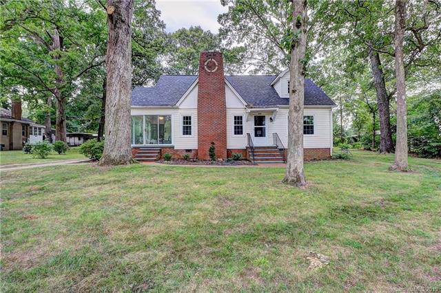 935 W Warren Street, Shelby, NC 28150 (#3532718) :: LePage Johnson Realty Group, LLC