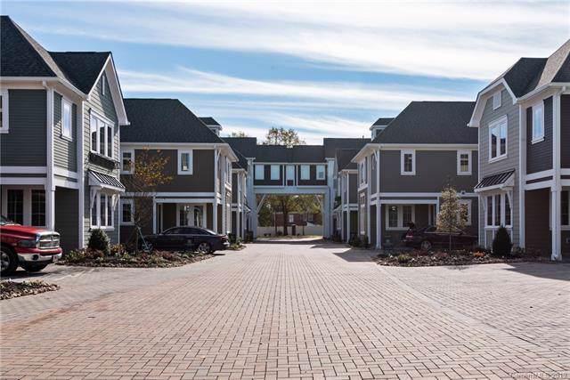 7904 Rea View Court, Charlotte, NC 28226 (#3533126) :: MartinGroup Properties