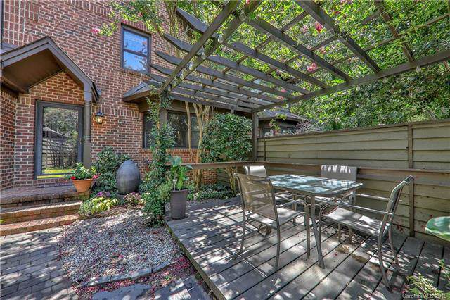 7405 Newmans Lane, Charlotte, NC 28270 (#3533140) :: Carlyle Properties