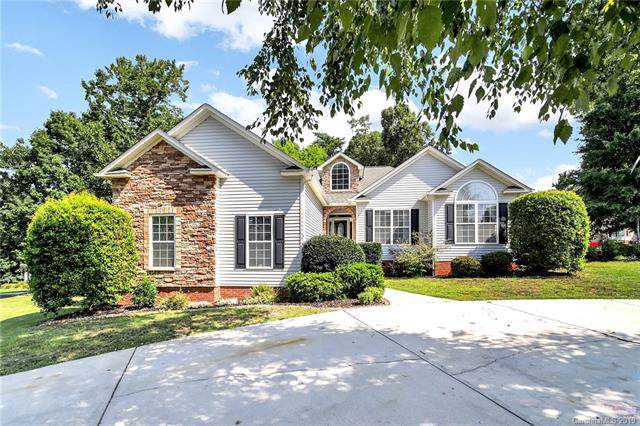 3134 Richards Way Drive, Rock Hill, SC 29732 (#3534222) :: Roby Realty