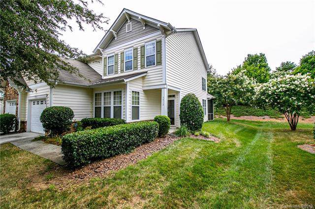 6012 Pale Moss Lane #71, Charlotte, NC 28269 (#3534920) :: Odell Realty