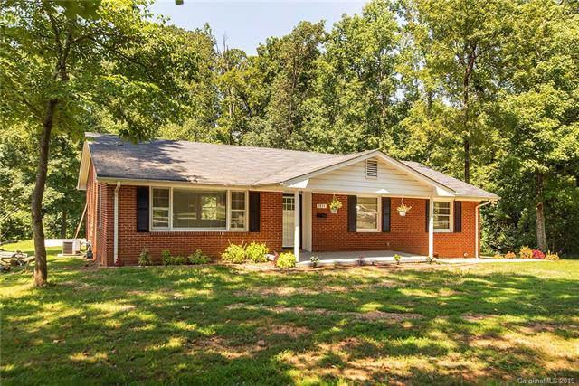 2835 Allen Road S, Charlotte, NC 28269 (#3535133) :: Robert Greene Real Estate, Inc.