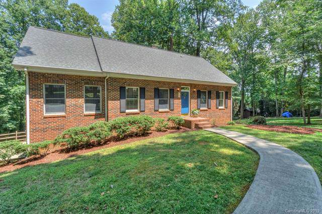 123 Crystal Circle, Mooresville, NC 28117 (#3535530) :: Besecker Homes Team
