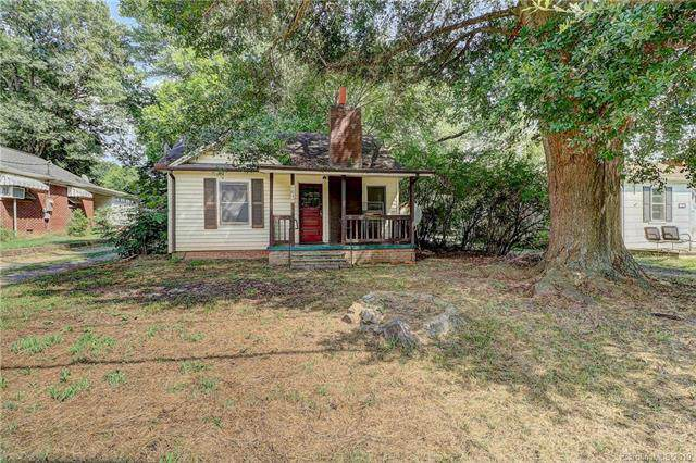 1057 W Nc 150 Highway, Lincolnton, NC 28092 (#3535538) :: LePage Johnson Realty Group, LLC