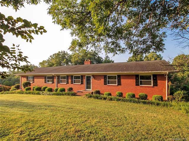 10232 Glenmac Road, Charlotte, NC 28215 (#3535685) :: LePage Johnson Realty Group, LLC