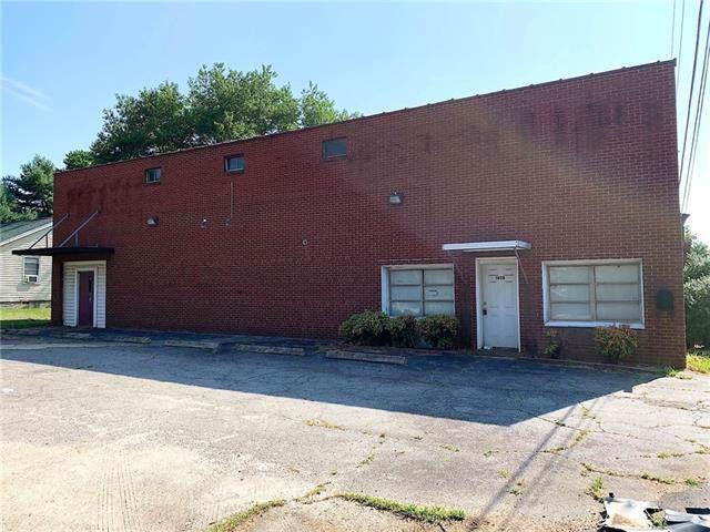 1808 16th Street NE, Hickory, NC 28601 (#3535860) :: Roby Realty