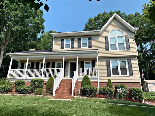 4199 Hemingway Drive, Hickory, NC 28601 (#3536208) :: Scarlett Real Estate