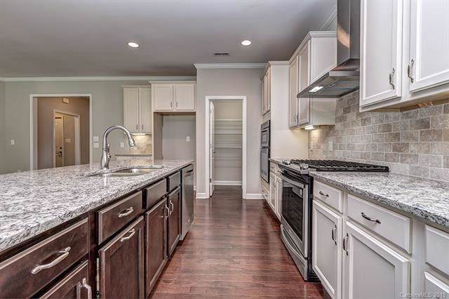 4512 Grove Manor Drive #0034, Waxhaw, NC 28173 (#3536588) :: LePage Johnson Realty Group, LLC