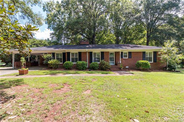 1319 Lynbrook Drive, Charlotte, NC 28211 (#3536709) :: Roby Realty