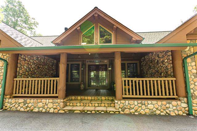 111 Living Good Lane, Waynesville, NC 28786 (#3536766) :: Carver Pressley, REALTORS®