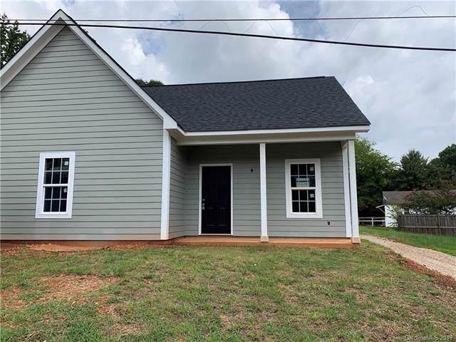 2509 Moreland Street, Charlotte, NC 28208 (#3536940) :: Homes Charlotte